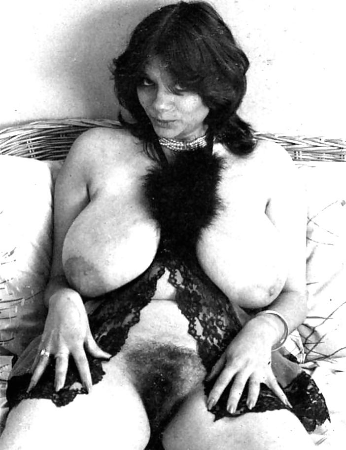 Vintage big tits pics