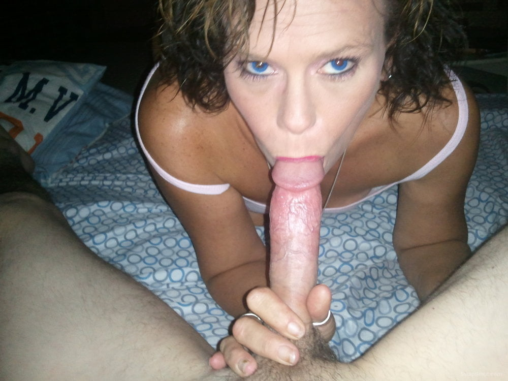lust-xxx-my-sister-gave-me-a-blow-job-fucking-football-pic