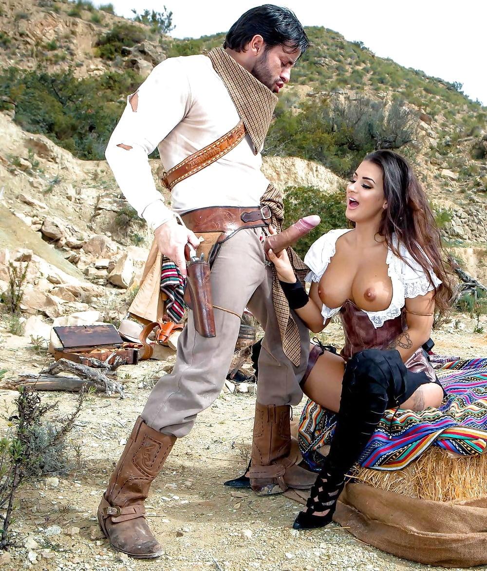 Nude cowboy photographs
