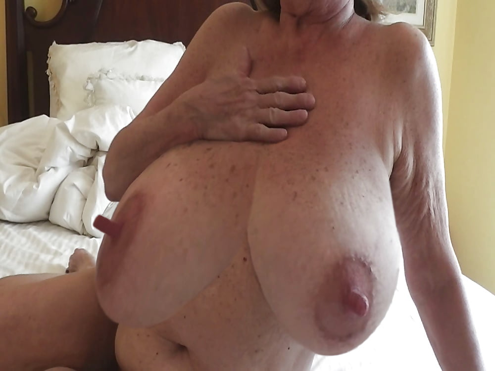 nellie-free-nude-pics-of-wrinkled-hard-nipples-kerr-sexy