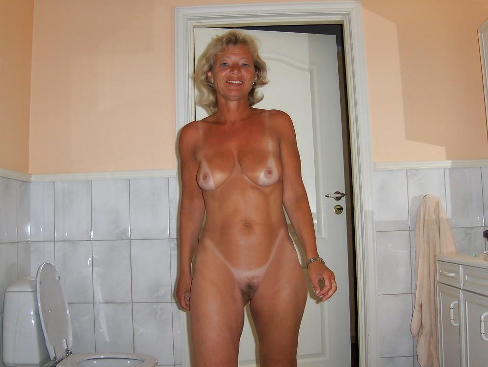 Милф голые дома фото, красивая киска и попа