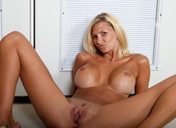 Woman I Like - 10 Pics