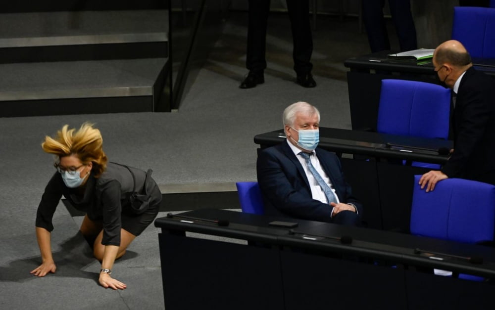 Sexy Politikerinnen - 84 Pics