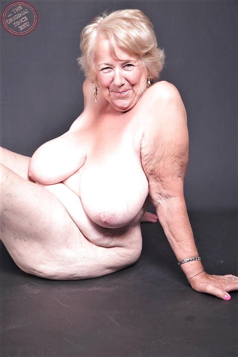 Sexy oma porn