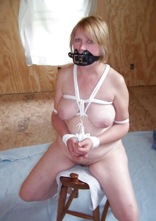 Porn mature women sex bondage free pics