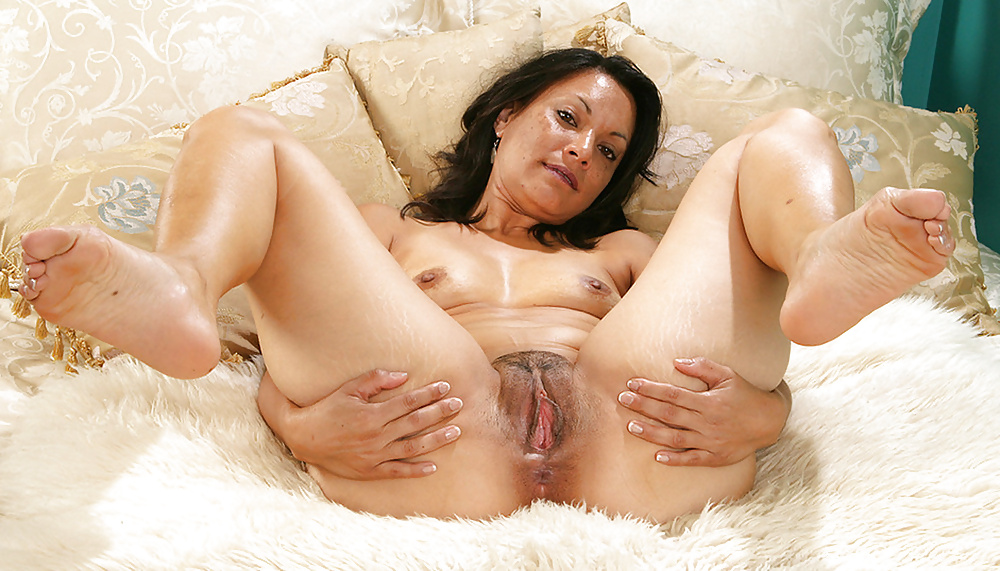 Xxx mature spread