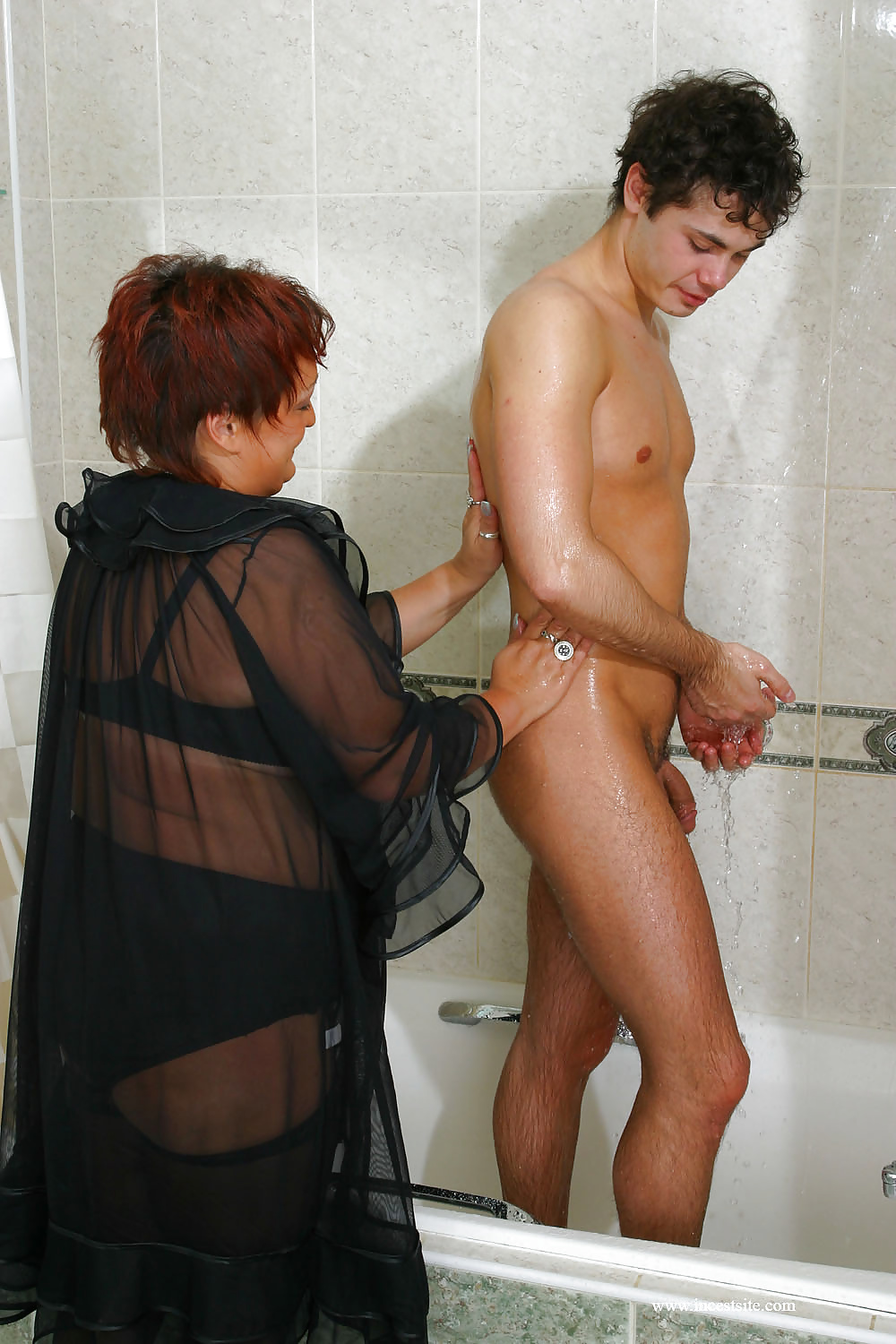 Dick con naked mom and son in shower livingston black