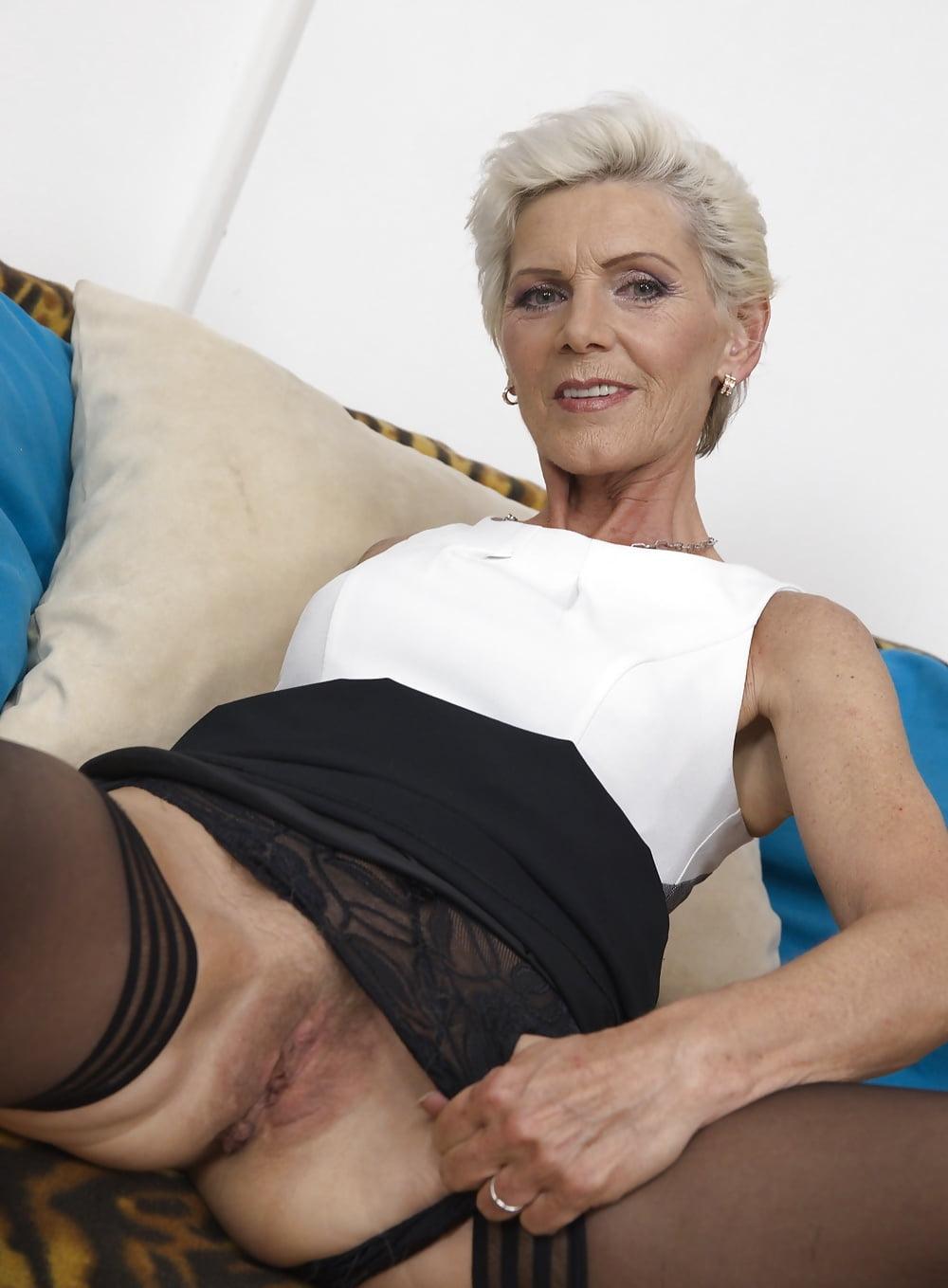 Grey haired milf porn 14