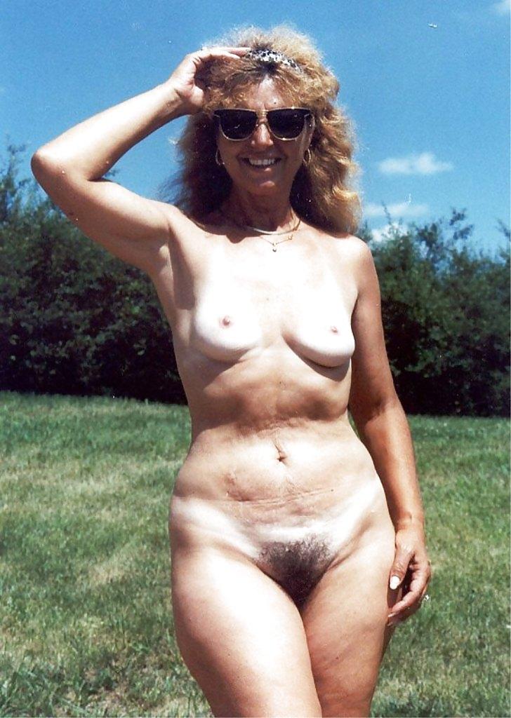 Ретро голые пожилые женщины — img 7