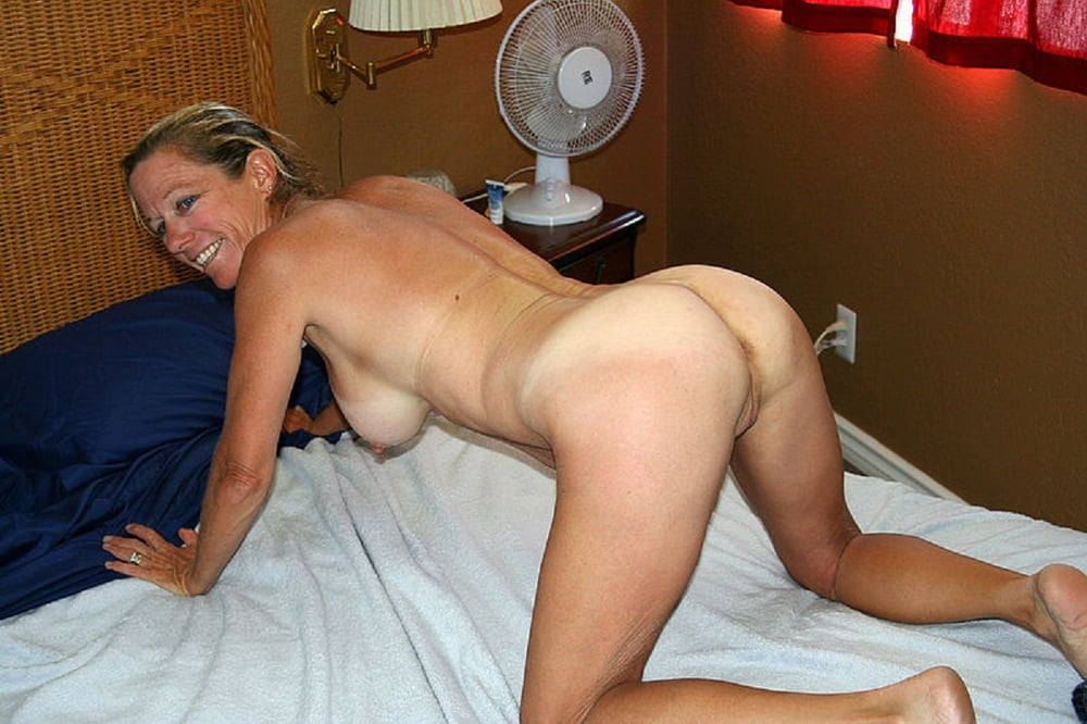 Horny Housewife Home Anal