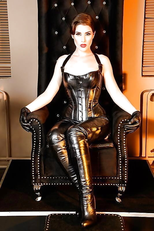 Mature Leather Porn Pics