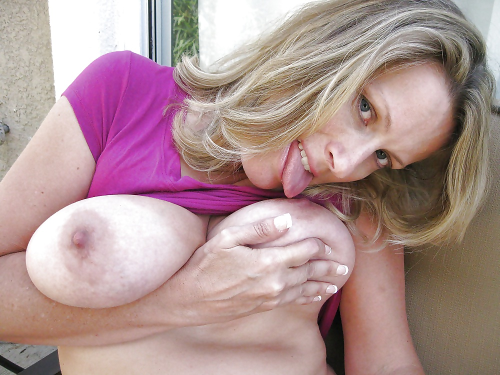 Mature sucking on male nipples free porn images