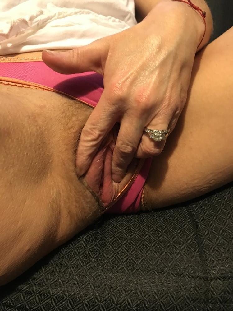 Pink Panty Peep Show American Milf 14