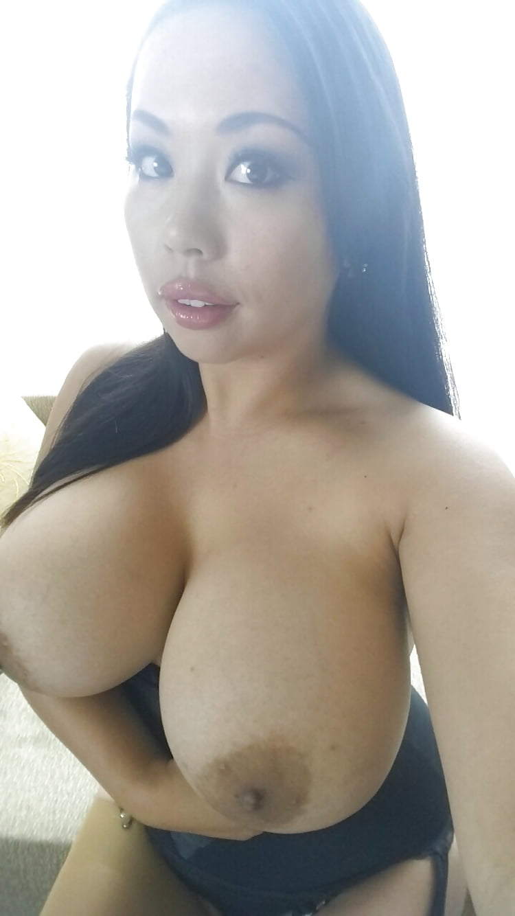 Tante boobs story, amatuer petite women