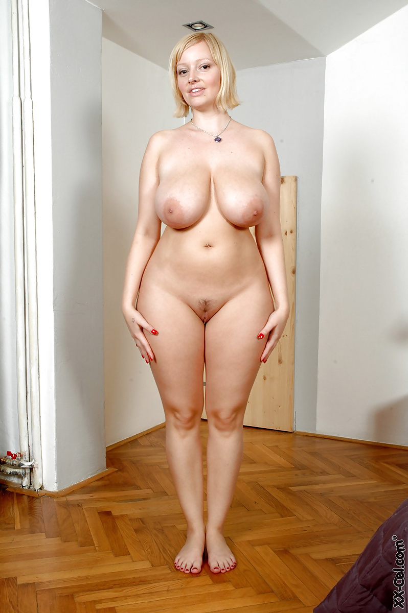 Curvy naked mature women #4
