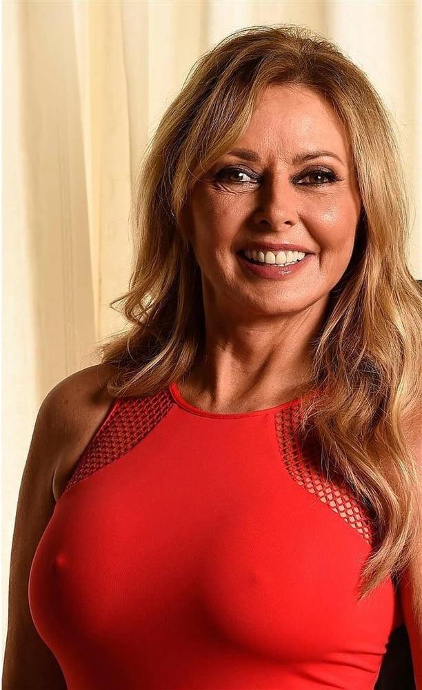 Carol vorderman shows off her kardashian curves in skin