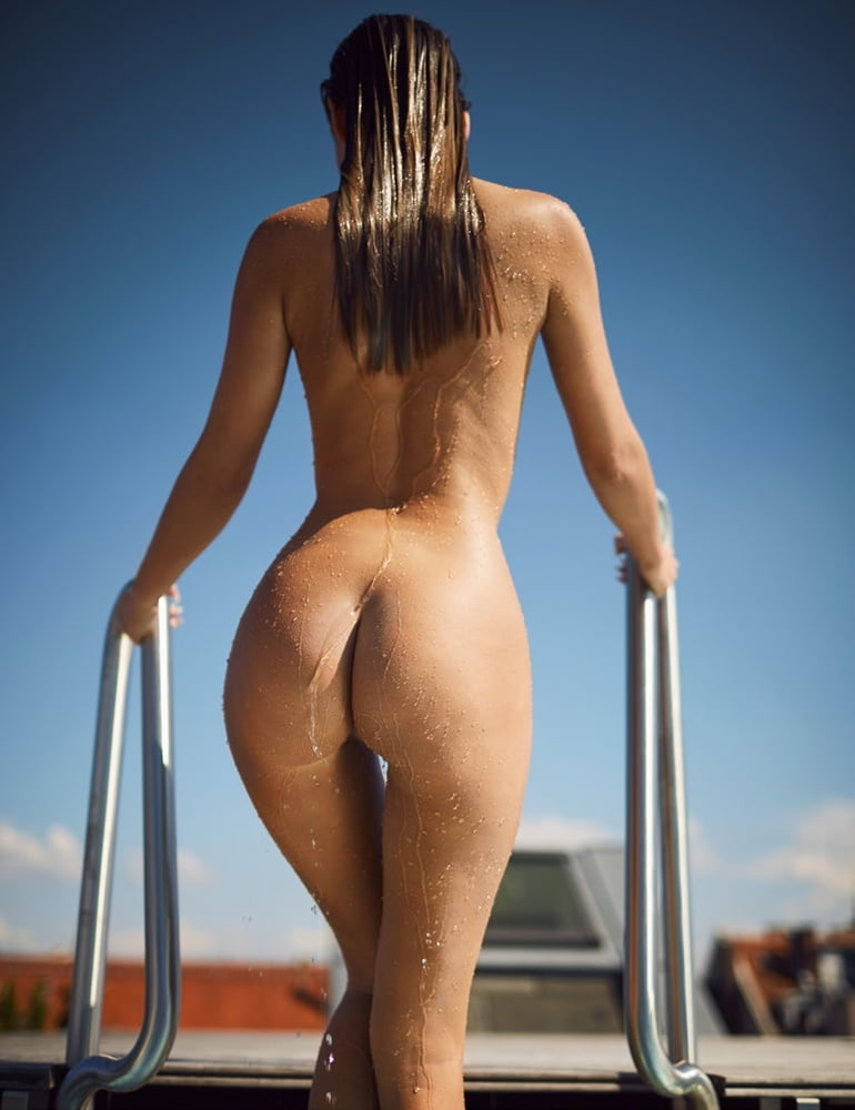 Coeds perfect nude ass — pic 14