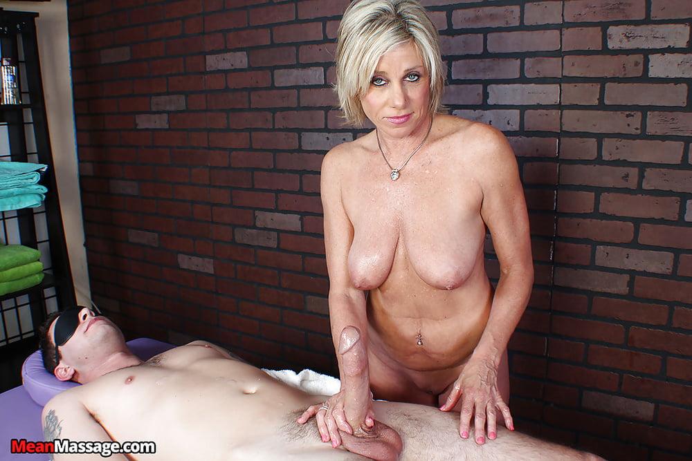 Krankenschwester Reife Blonde Pov