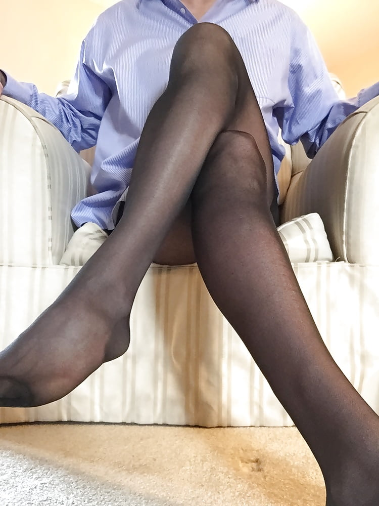 Pantyhose message boards — photo 2
