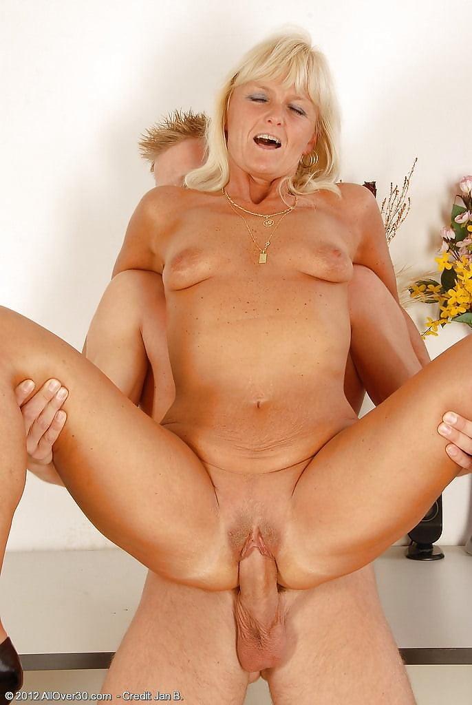 Nude mom hardcore, threesome sex xxx sample videos