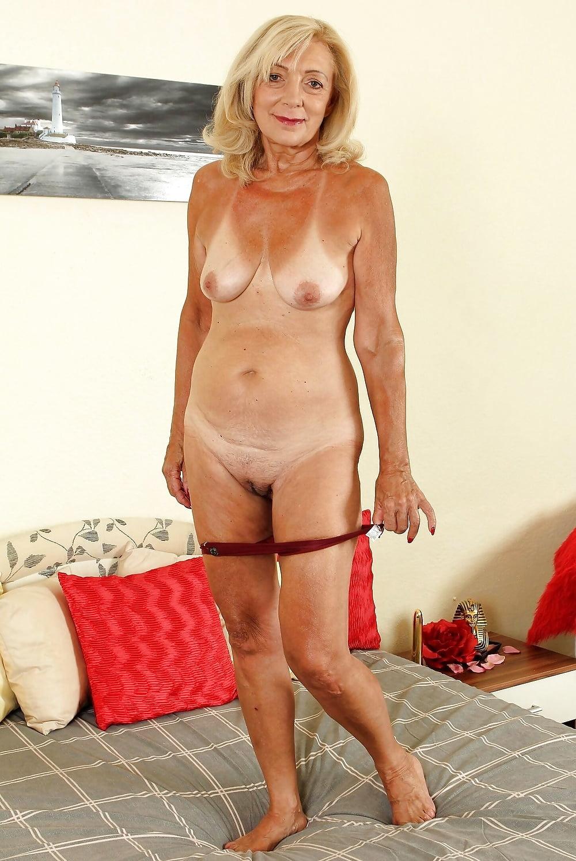 Blonde gilf nude — pic 15