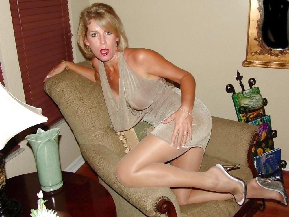 uk-female-soapstar-pussy-pics