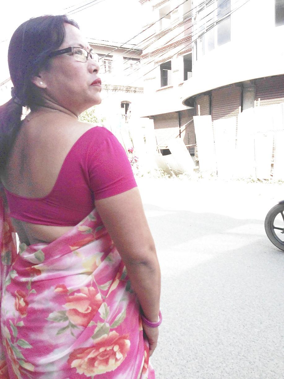 Nepali sexy saree