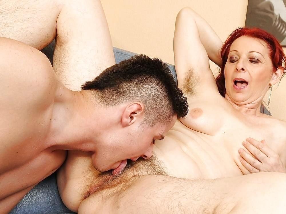 Lesbians Pussy Mature Lesbain Licking