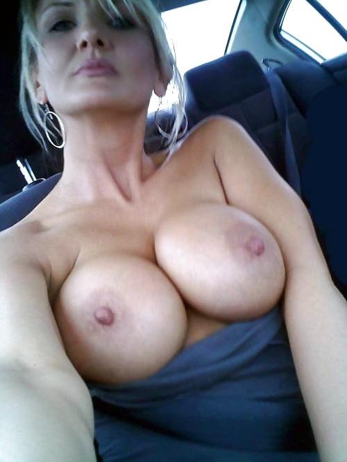Hot latin maid porn Hidden cam caught mom bathing