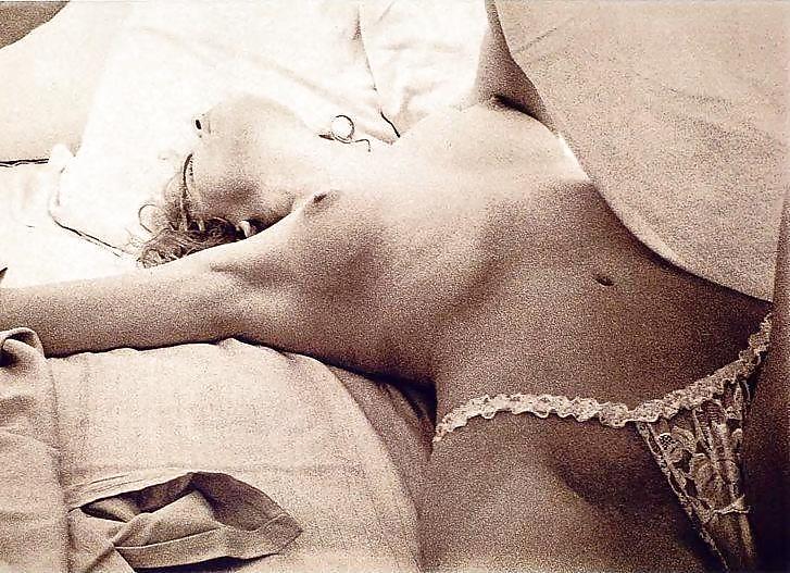Free naked secretaries in stockings