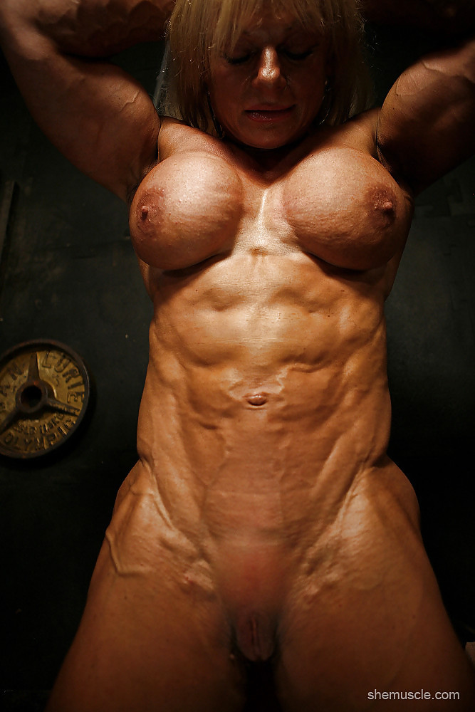 Amateur female body builders naked