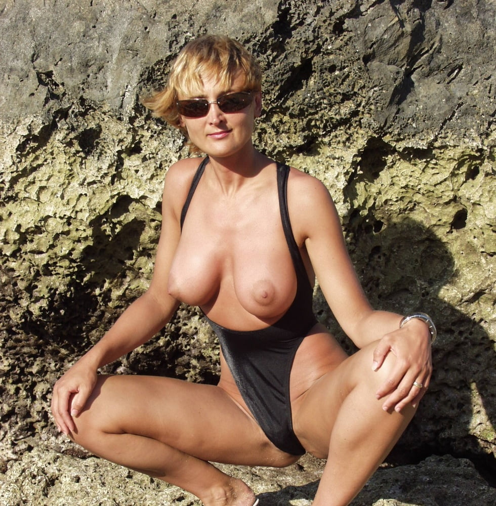 Famous models topless