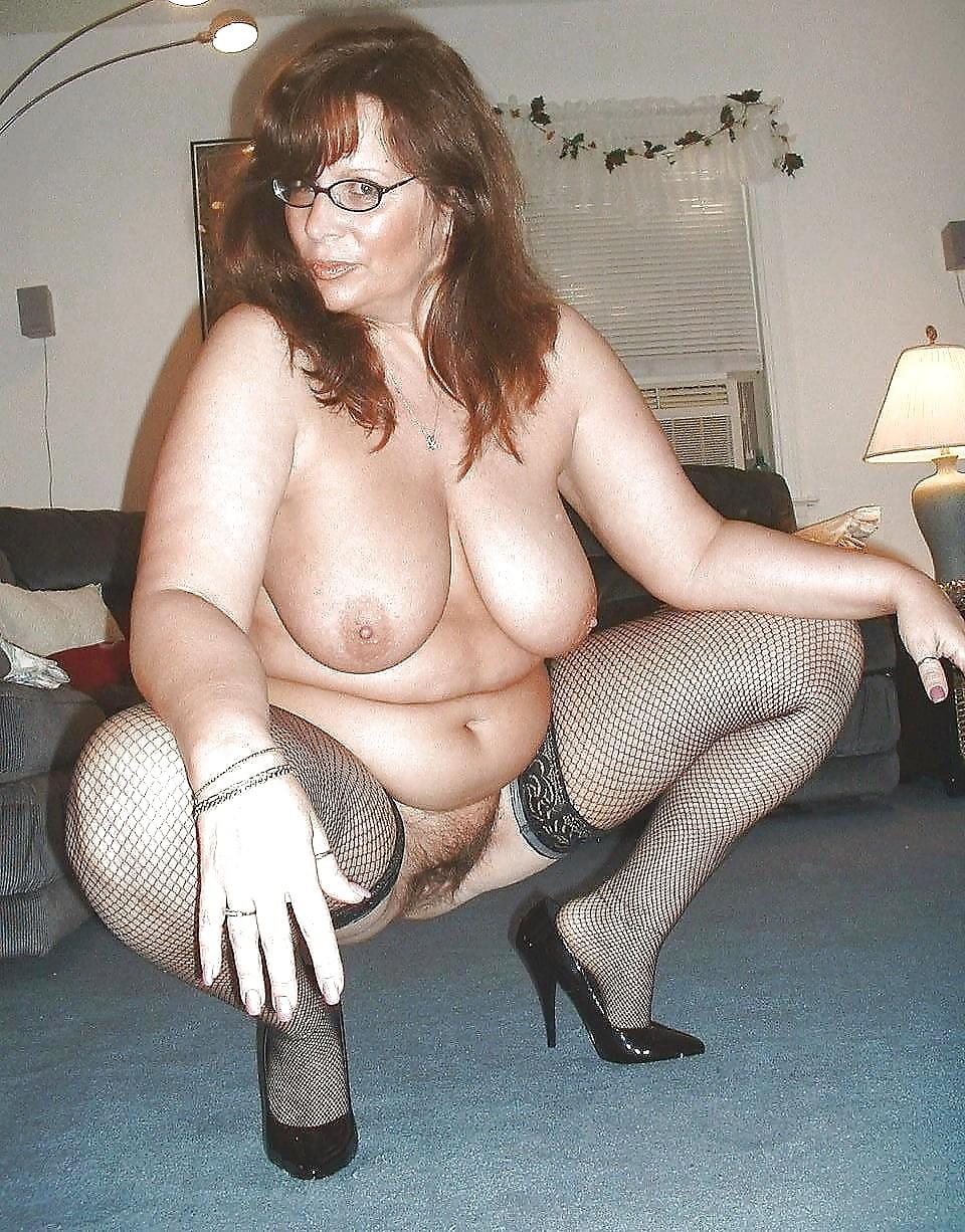 Mature women pegging men-8239