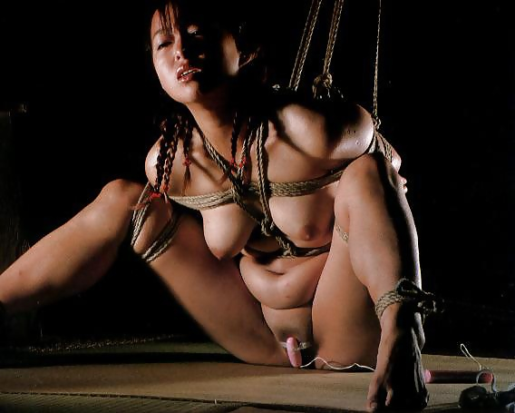 красивые картинки бдсм зрелых азиаток - 2
