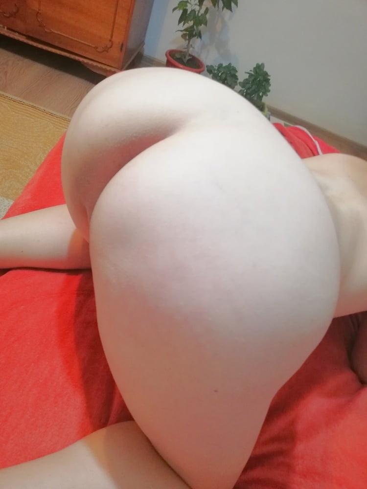 Milf pussy - 5 Pics
