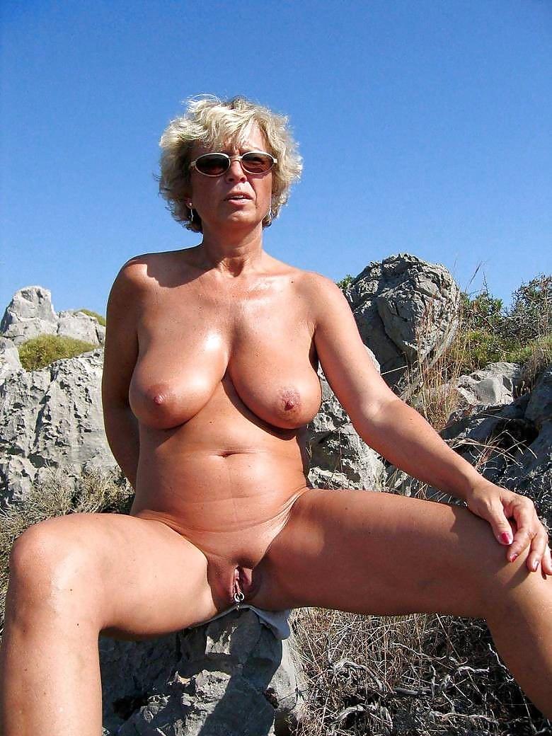 Goth girl tattooed naked