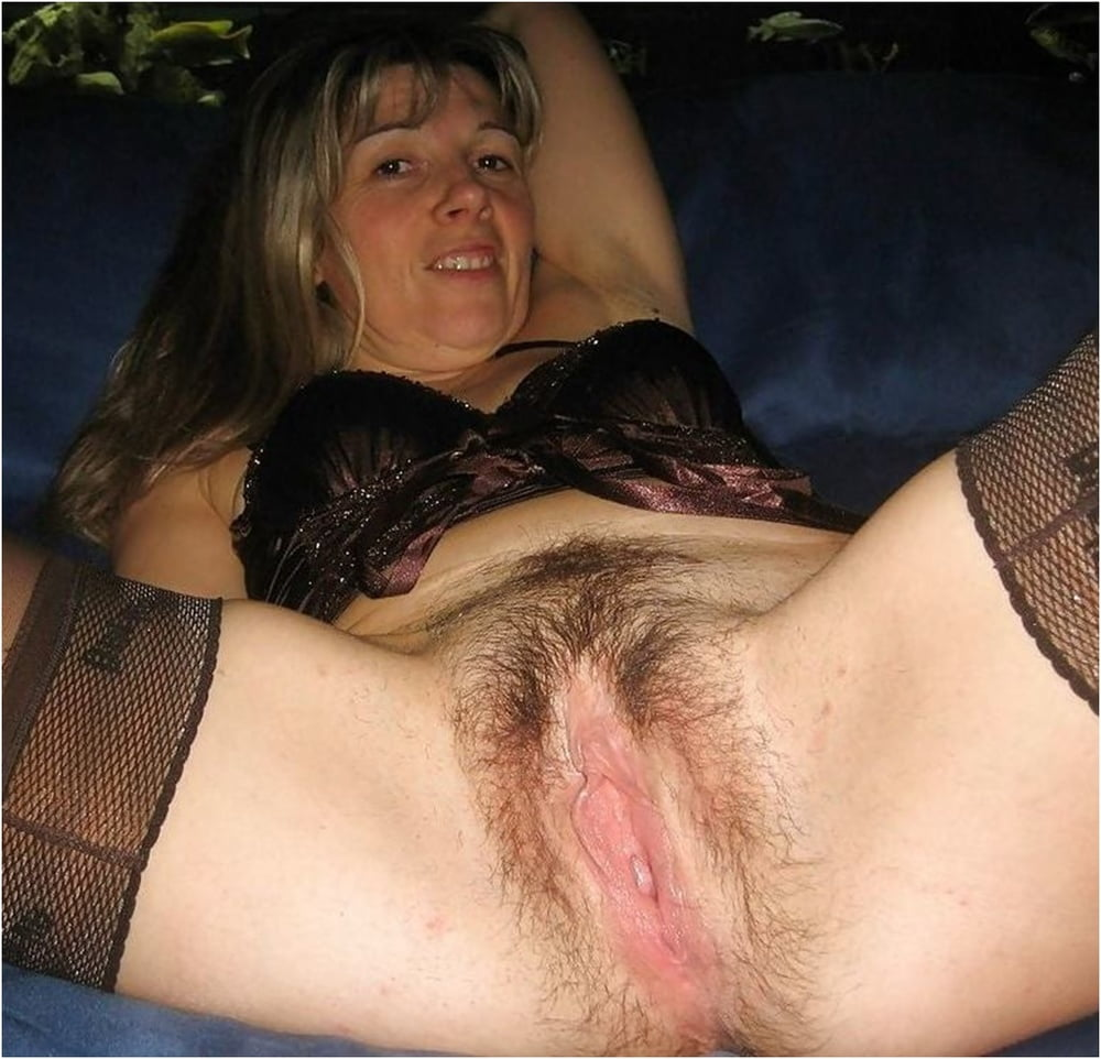 Sexy Mature Pussy, Hairy and Hot - 59 Pics