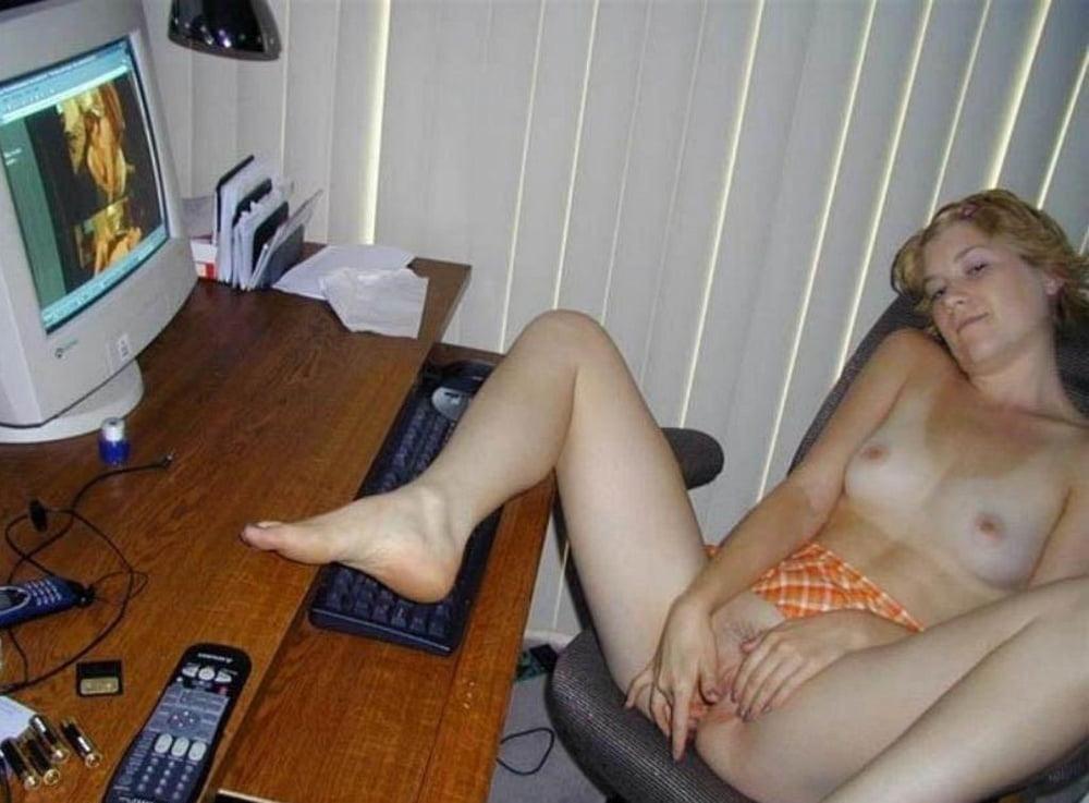 Порно нарезки порно ролики сидел за компом видео