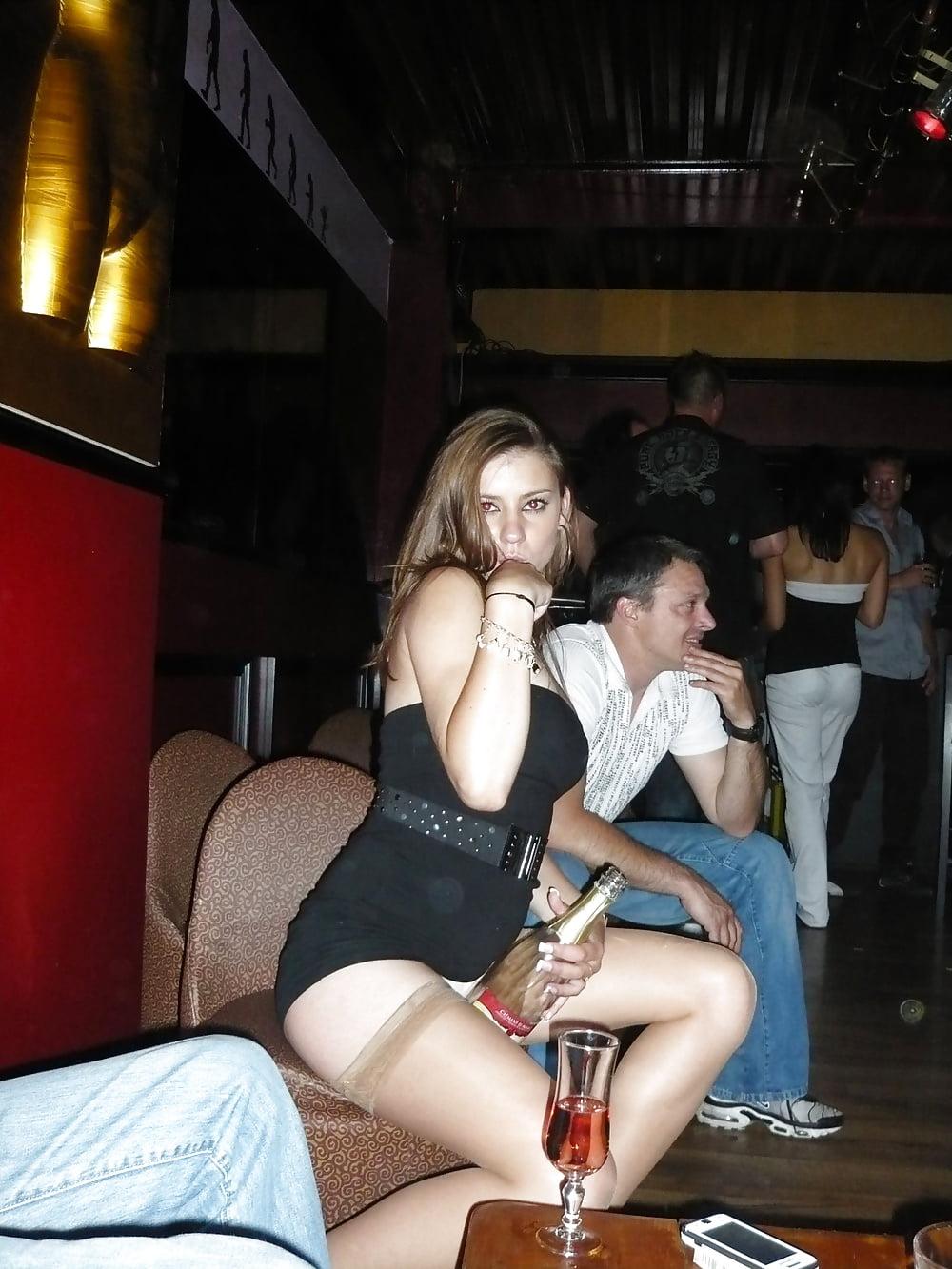 Club girls upskirt video