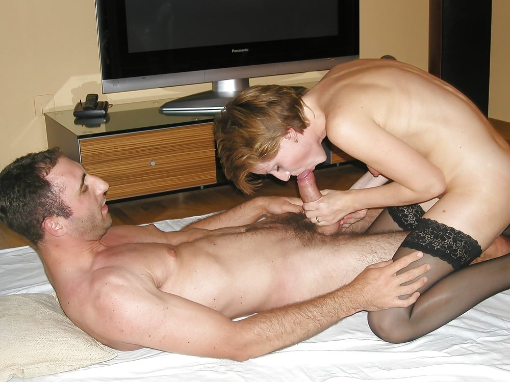 Порно фото пацан трахает замужнюю девушку большой снегири натуральная