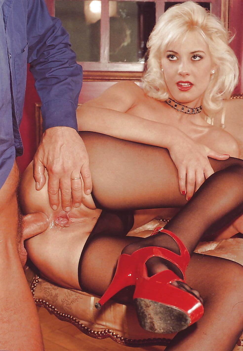 chlen-tolstoy-porno-foto-erotika-sisi-ketch
