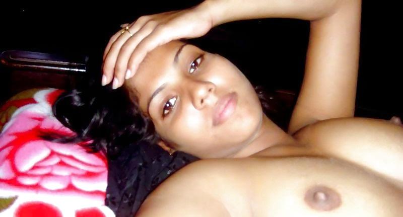 Bangladeshi model and actress achol akhe