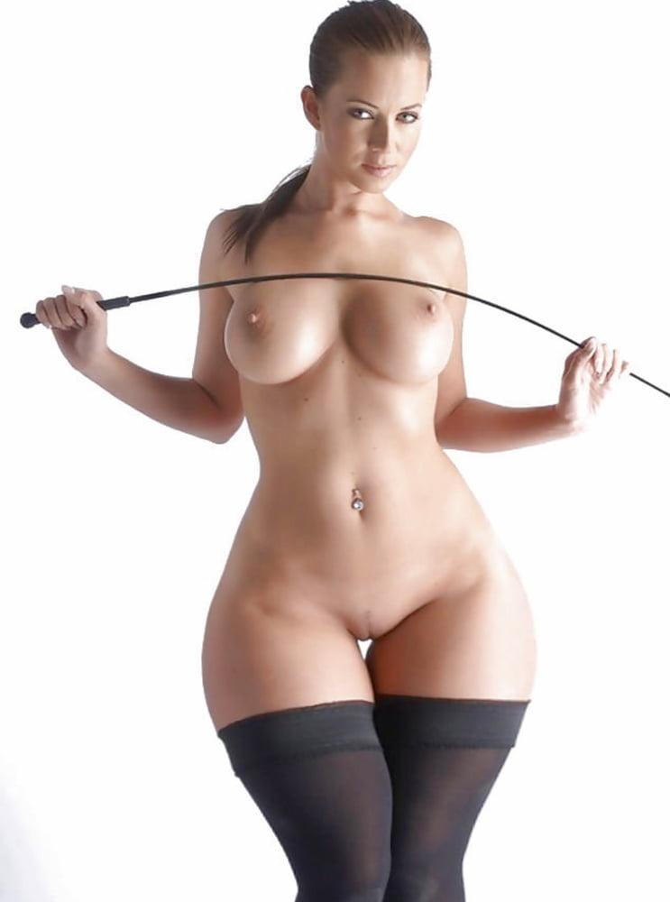 Wide hips women nude