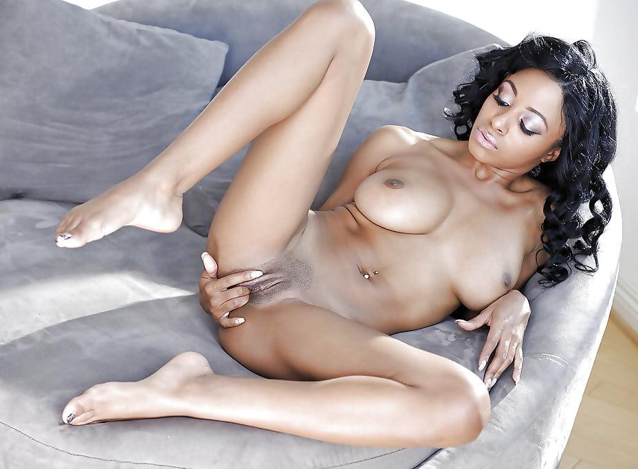 Anya ivy masturbation