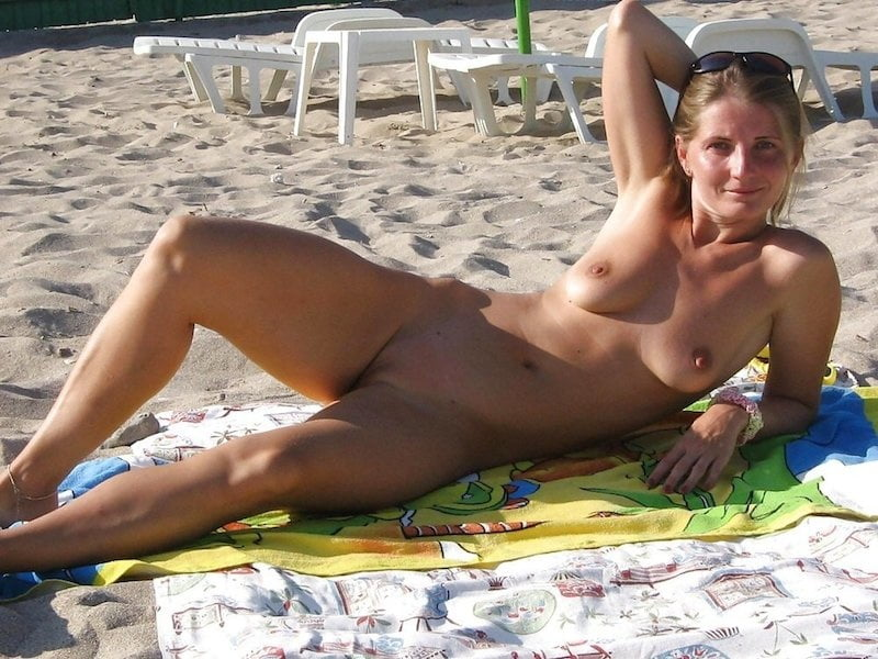 Naked babes pictures