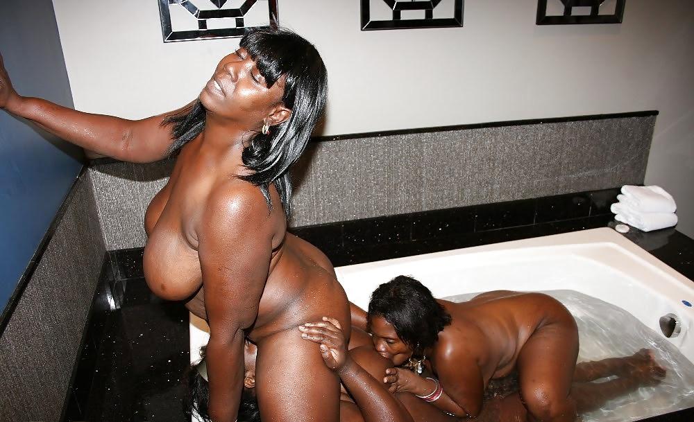 Lesbian Shower Porn Pics