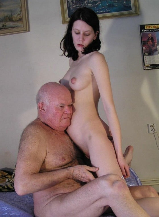 i-saw-my-grandaughter-naked-hot-drunk-girls-blowjob