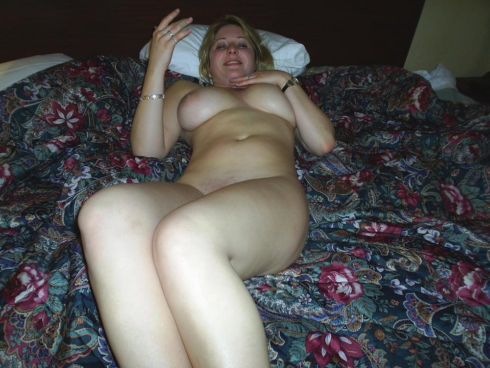 Bare too nudist amateur sister caught masturbating