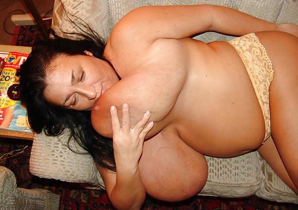 Enormous boobs milf-8546