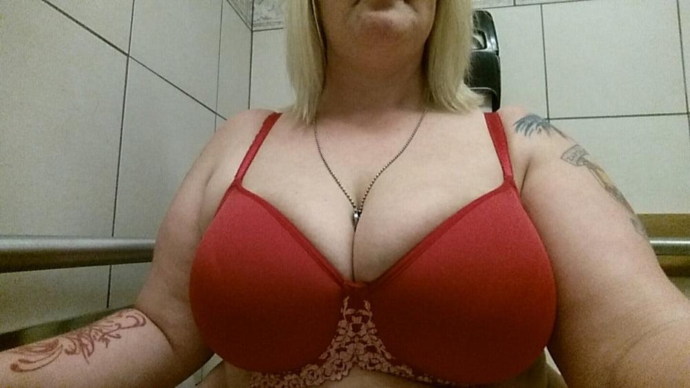 My Dom Friend's Wife - 40 Pics